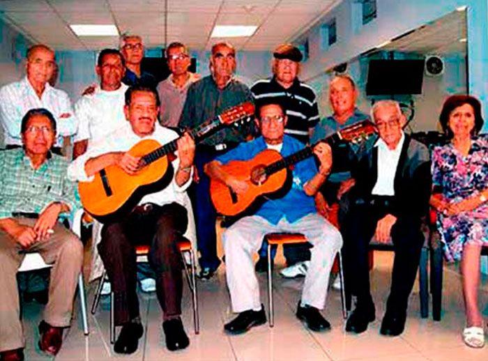 La Casa del Pensionista ¡Una gran familia! - Plaza Norte