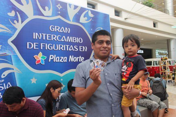 Intercambio de figuritas en Plaza Norte - Plaza Norte