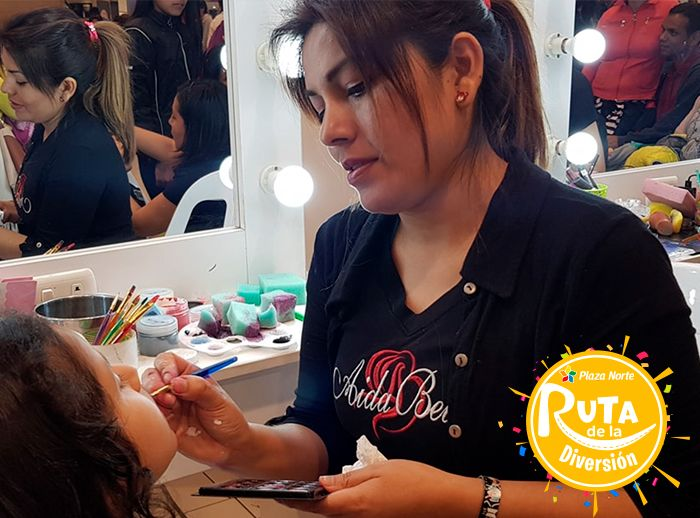 Maquillaje social, trenzas para niñas, maquillaje glam peinado  - Plaza Norte